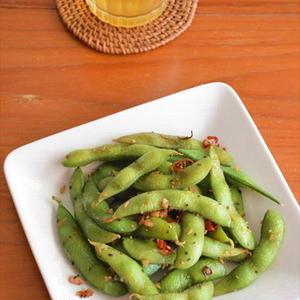 ビールがすすむ♪野菜でサッと作れる「ピリ辛おつまみ」が便利