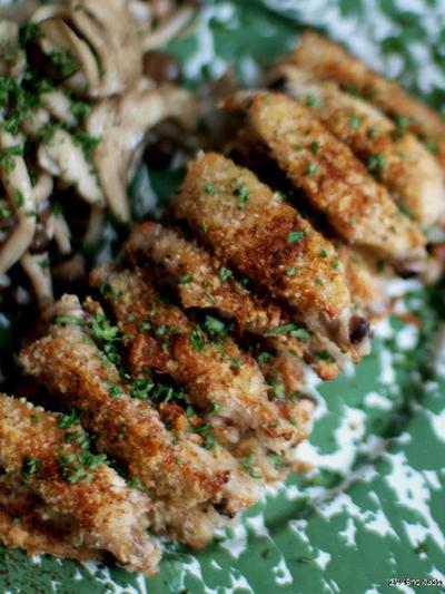 鶏スペアリブのパン粉焼き。