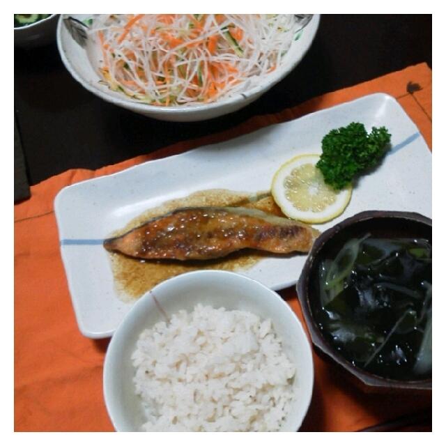 昨日の夕ご飯☆鮭のムニエル