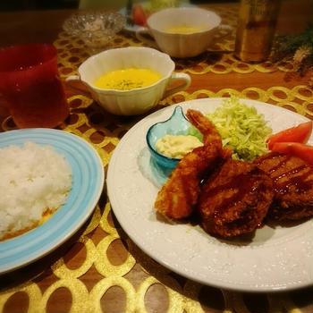 キャベツたっぷりメンチカツ&海老フライのお夕食♪