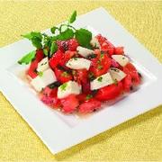 混ぜ込みトマトマリネサラダ