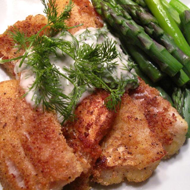 簡単ソースで2品: たらのフライパン焼きディルソース、蒸し鶏のニンニクソース