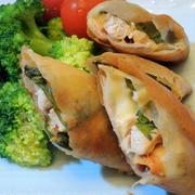 保存食の蒸し鶏を使って☆蒸し鶏と梅しそのチーズ春巻き♪