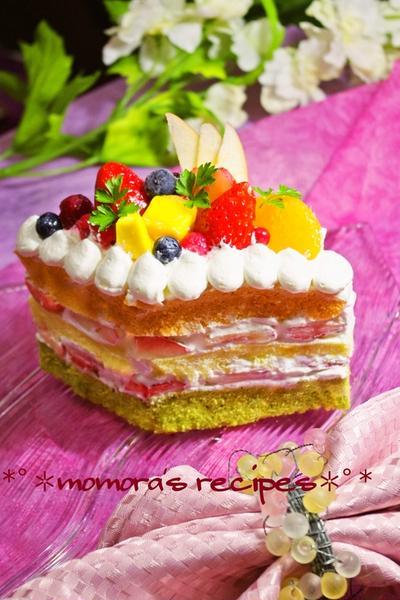 ホットケーキミックスとレンジで簡単♡野菜のひな祭りケーキ