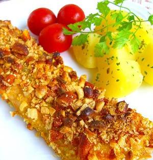 鮭のカリカリ柿ピー焼き♪カレーマヨネーズ味
