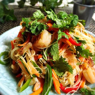 彩り野菜の焼きビーフン