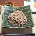 テレビで見た「和蕎麦でつけ麺」を食べたくて! プラス煎茶衣の天ぷら盛り合わせ  &焼肉弁当