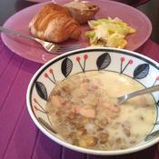 レンズ豆とベーコンのスープ