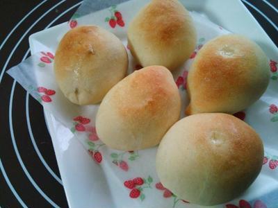 雨の日はパン作りの練習♪卵・乳不使用のミニあんぱん(^^)