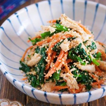 栄養満点♡蒸し鶏とほうれん草のごま和え【#作り置き #お弁当 #副菜 #和風】