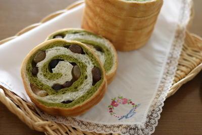 渦巻き模様が可愛い【抹茶と甘納豆のぐるぐるラウンドパン】の作り方とコツ(写真付き)