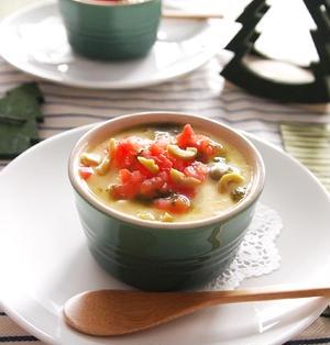 トマトとチーズの茶碗蒸し・・・バジルソースがけ♪