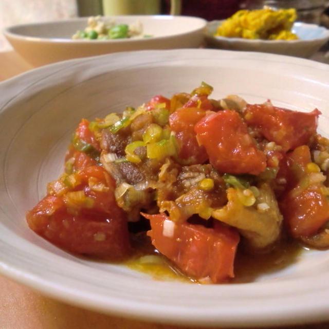 トマトとカリカリ豚肉のネギだれ*南瓜と豆腐で2種のサラダ*晩ごはん