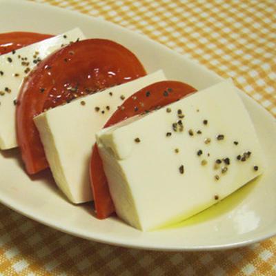 豆腐とトマト