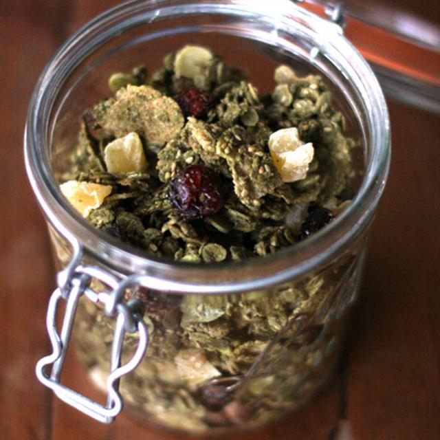 抹茶グラノーラ(甘栗&りんご)