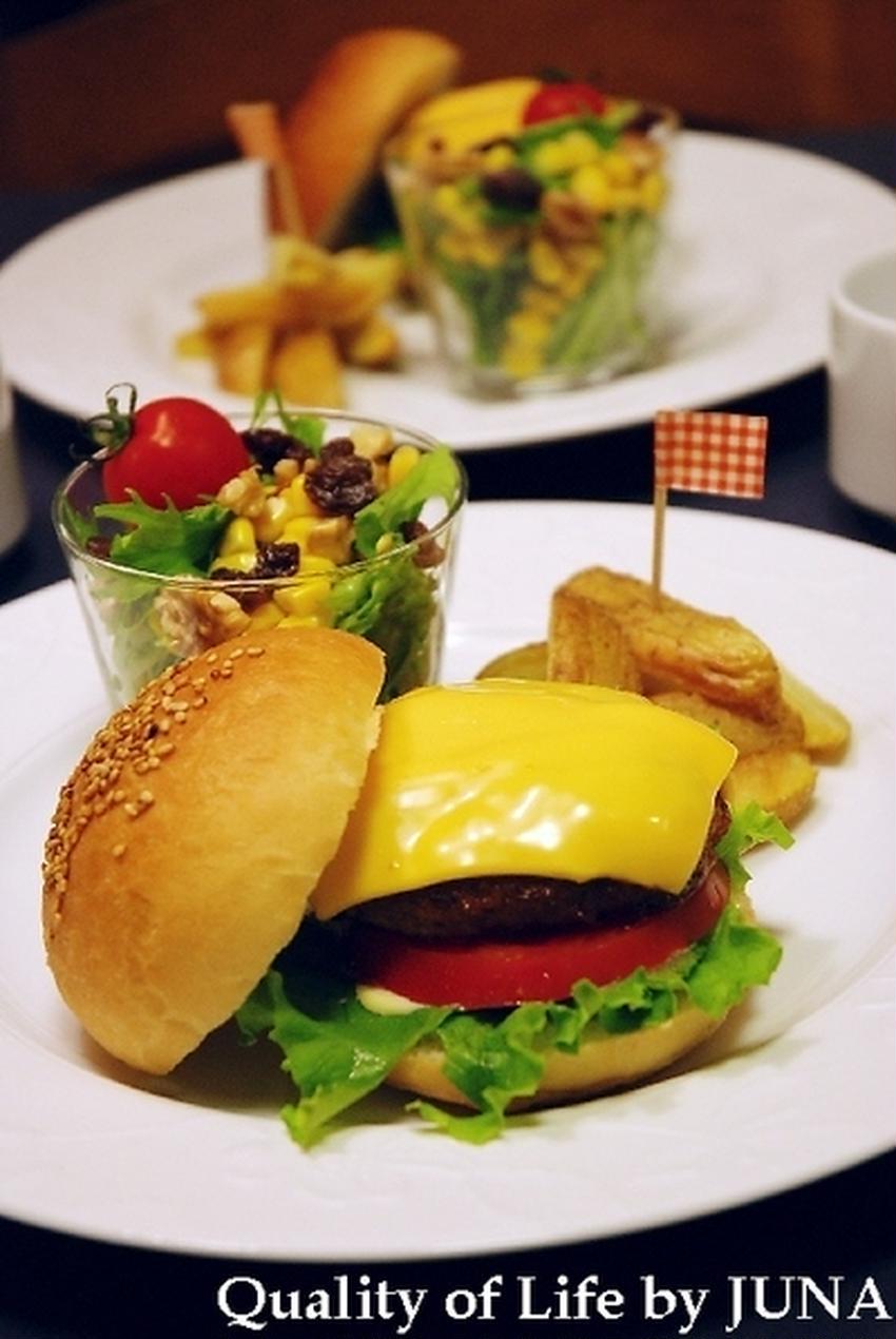 夏休みランチに♪おうちでお手軽ハンバーガーを食べよう!