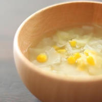 とうもろこしとキャベツのスープ