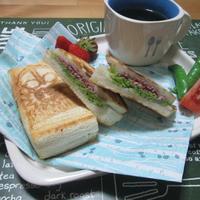 朝食に♪ シュレッドビーフのホットサンド