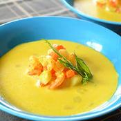 ころころ野菜の豆乳入りターメリックスープ