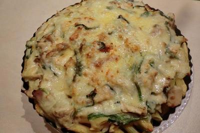 冷凍チーズで作る チキンのベイクドパスタ