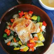 チキンとパプリカのレモンスパイスソテー