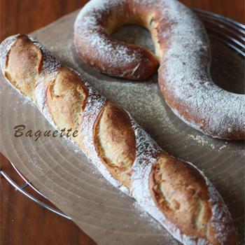バゲットと小豆パン