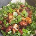岡山パクチーのバルサミコ酢豚