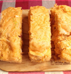 トマト風味のキャベツ蒸しパンの作り方。ホットケーキミックスで簡単レシピ。