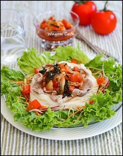 ピリ辛トマトナムルで☆ 豚しゃぶ素麺**Cold Noodles /w spicy kimchi&tomato dressing