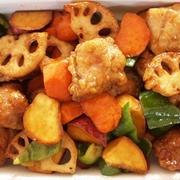お弁当にも大人気!!作っておくとらくらく♪鶏むね肉と野菜のてりてり