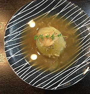 時短で鶏挽肉詰めヘルシー丸ごと新玉ねぎスープ~♪♪