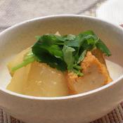 冬瓜と厚揚げの梅ごま味噌三つ葉風味