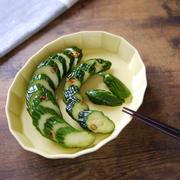 夏野菜をおいしく食べる 大量キュウリの消費に たくさんキュウリの保存系レシピ 【キュウリのビール漬け】