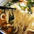 ■麺類【ぶっかけ稲庭肉うどん】菜園野菜入りです♪