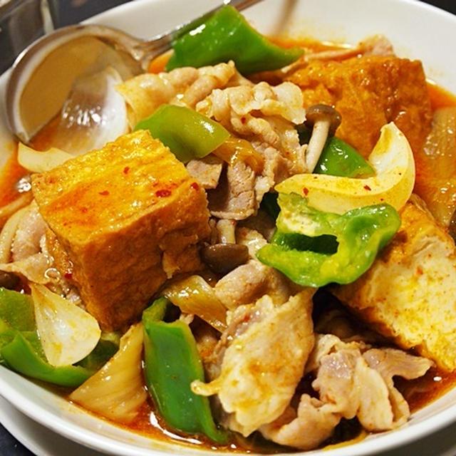 味がしみ込んだ厚揚げがたまらない。キムチ味の家常豆腐