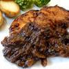 ブラックペパーをガツンと効かせた鶏の黒ビール煮