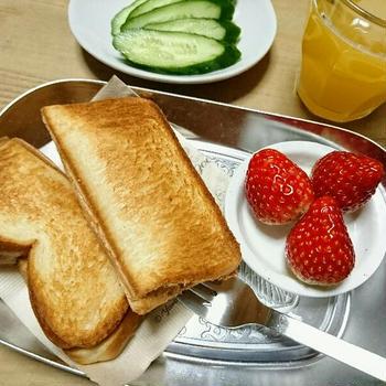 自分のペースで過ごす休日と朝食