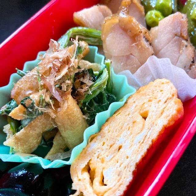 鶏胸肉とスナップエンドウの生姜醤油炒め弁当&豚肉の生姜焼き弁当