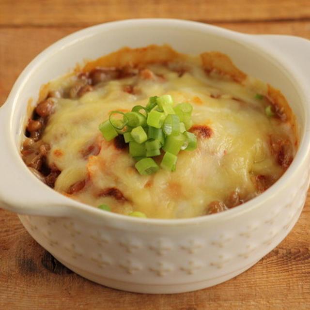 簡単おつまみ・納豆キムチのチーズ焼き