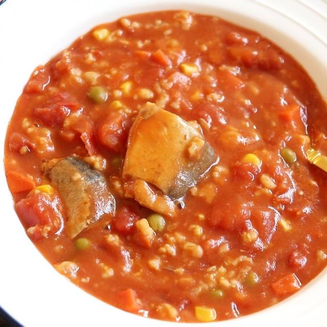 【簡単!ヘルシー】炊飯器で!オートミールと鯖のトマトリゾット風