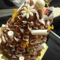 セバスチャン・ブイエのクリスマスケーキはもみの木をイメージ @イケセイクリスマスケーキ試食会