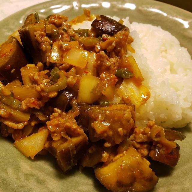 ナス炒め丼~「三食ごはん 海辺の牧場編」の料理です♪