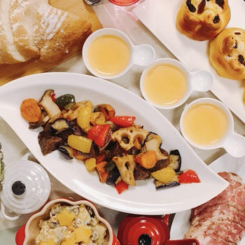 食卓が華やぐ♡素揚げ野菜のマスタードオイル和え