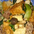 豚肉とチンゲン菜と厚揚げで中華炒め&いつもの残り物スープ