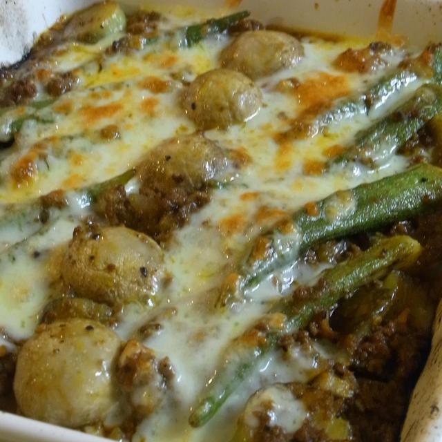 夏野菜とマッシュルームミートチーズ焼き