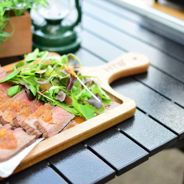 キャンプ飯に大人気♬簡単にできるローストビーフのレシピ★
