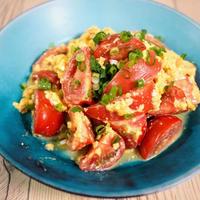 夏の朝ご飯はこれで決まり!トマトと卵のあっさり炒め【#簡単レシピ #トマト #卵 #朝ご飯】