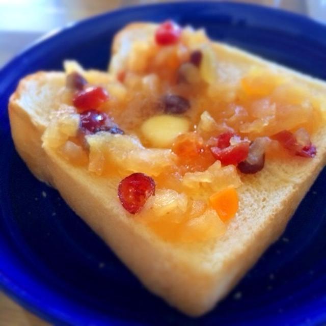 自家製りんごジャムトースト