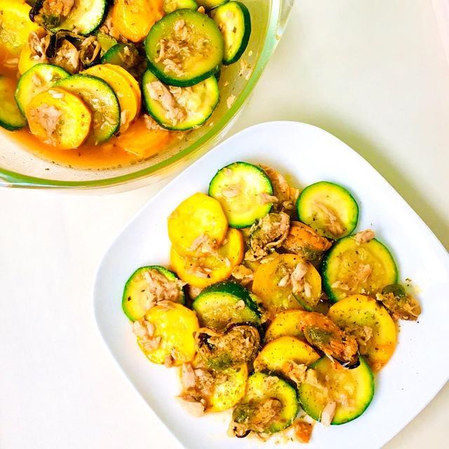 缶詰2種と和えるだけ♪スモークムール貝とツナのメキシカン風ズッキーニサラダ♡