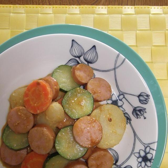 ソーセージ&野菜のクリーミーカレー炒め
